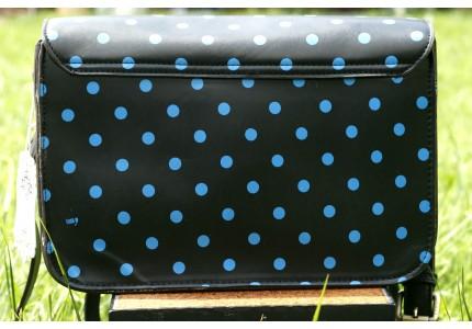 Kabelka LYDC černá s modrým puntíkem menší