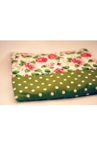 Nahřívací polštářek zelený s puntíkem a růžemi